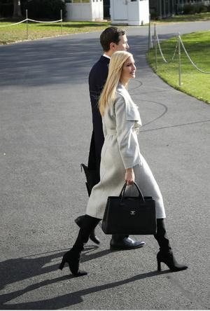 Фото №2 - Американские принцессы: что общего в стиле герцогини Меган и Иванки Трамп