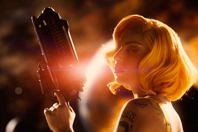 Фото №6 - Леди Гага исполнилось 28 лет