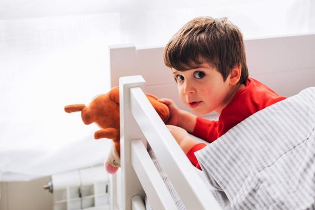 Фото №1 - Обмани меня: малыши знают, когда им врут