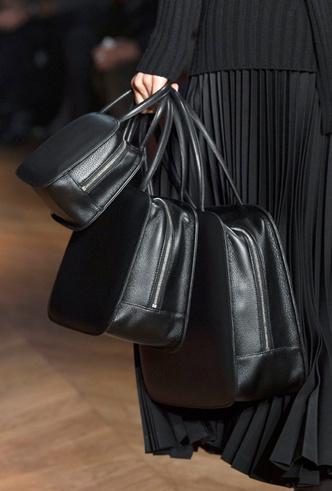 Фото №32 - Самые модные сумки осени и зимы 2019/20