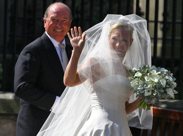 Фото №5 - Задолго до Меган: как Зара Тиндолл нарушила протокол на своей свадьбе