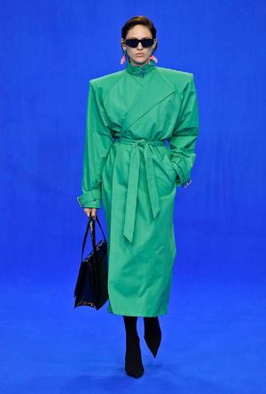 Фото №7 - Палитра сезона: самые модные цвета для лета 2020