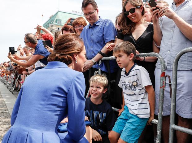 Фото №7 - Немецкие СМИ признали Кейт Миддлтон второй принцессой Дианой