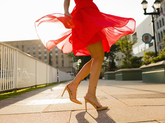 Фото №2 - Советы остеопата: три простых упражнения для снятия отеков ног