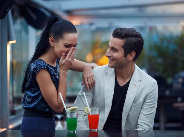 Фото №6 - Давайте поговорим: как завязать разговор с незнакомцем на светской вечеринке