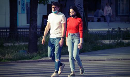 Фото №1 - Режим самоизоляции в Петербурге могут продлить до лета. Некоторым предприятиям разрешат работать