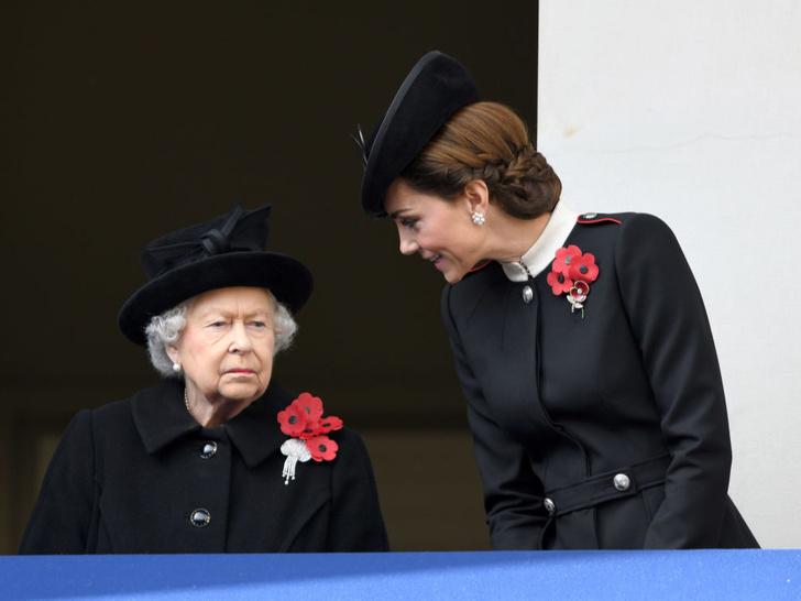 Фото №3 - Новый этап: как и почему отношения Кейт и Королевы изменились за последний год
