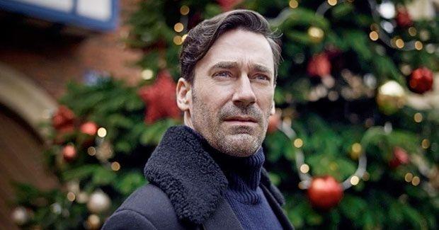 Фото №5 - Что посмотреть: лучшие новогодние и рождественские эпизоды любимых сериалов