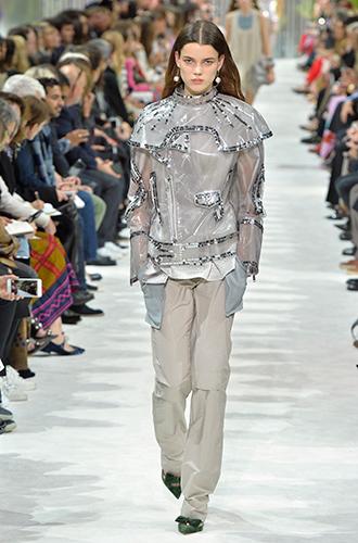 Фото №9 - По секрету: 10 неочевидных (пока) трендов Недели моды в Париже