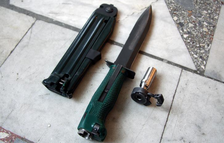 Фото №4 - Стреляющий нож для гражданина Бонда