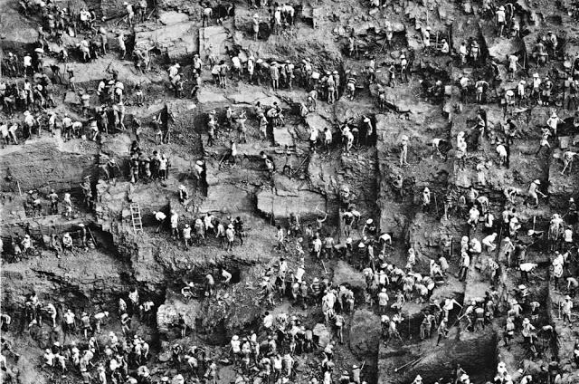 Фото №1 - Жестокая реальность работы на шахте Серра-Пелада (20 фотографий)