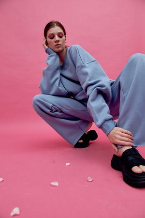 Фото №5 - Конструктор одежды Hooli выпустил весеннюю капсулу