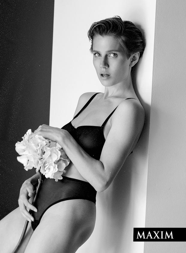 Фото №3 - «Папина дочка» Дарья Мельникова: эксклюзивные кадры со съемки MAXIM