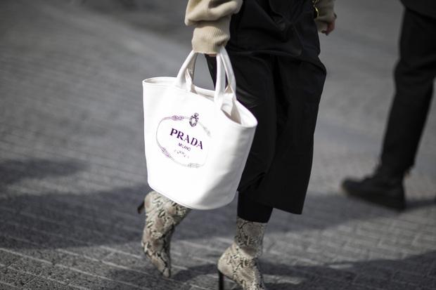 Фото №2 - 9 сумок, которые никогда не выйдут из моды