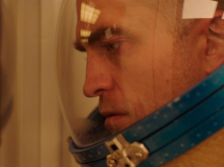Фото №3 - Зачем Роберта Паттинсона отправили в космос в «машине любви»