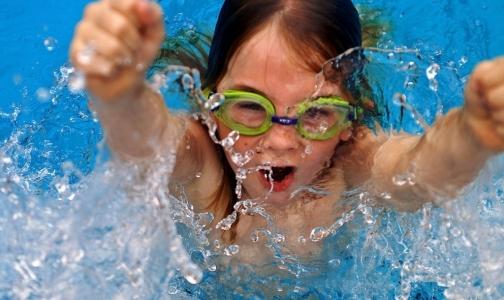 Фото №1 - С 1 января в петербургских школах введут уроки плавания