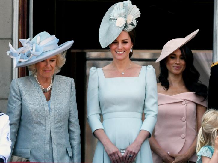 Фото №3 - Диана и Ферги Vs Меган и Кейт: «заклятые подруги» королевской семьи