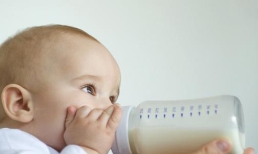 Фото №1 - Почти половина детей в России рождаются больными