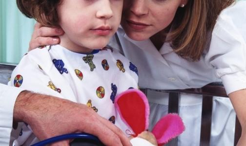 Фото №1 - Минздрав будет помогать тяжелобольным детям лечиться за рубежом