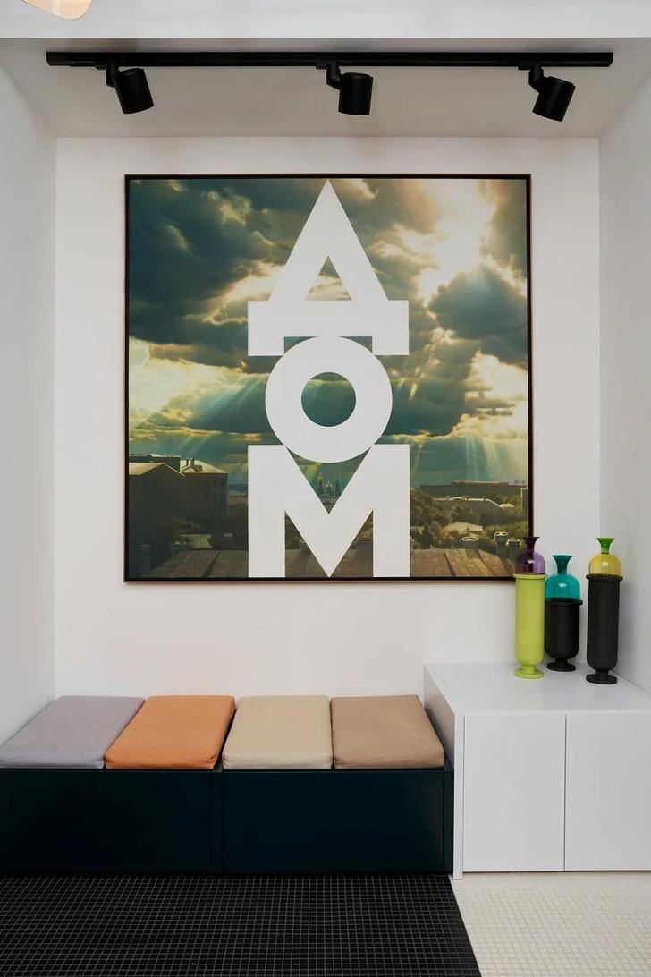 Фото №2 - Домашняя коллекция: какие произведения искусства есть дома у коллекционера Кристины Краснянской