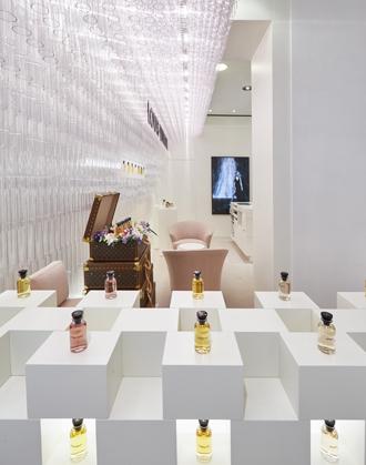 Фото №1 - Открытие парфюмерного корнера Louis Vuitton в Москве
