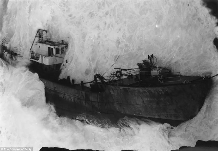 Фото №8 - Не повезло: старинные фотографии кораблекрушений