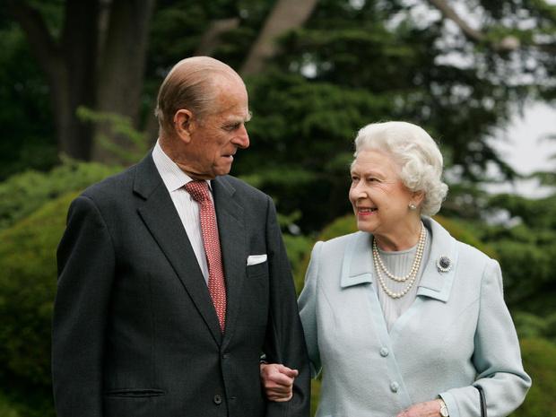 Фото №1 - Одно-единственное слово, которым принц Филипп описывал свой брак с Королевой