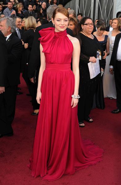 Фото №9 - Эмма Стоун: 10 лучших нарядов самой богатой актрисы Голливуда