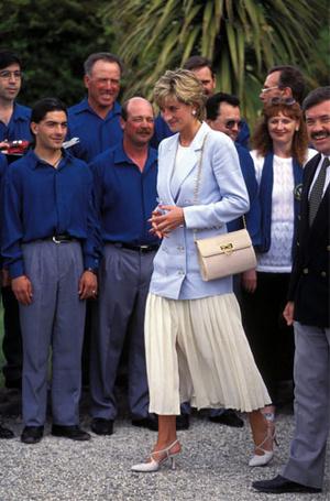 Фото №24 - Как принцесса Диана одевалась в 90-е годы