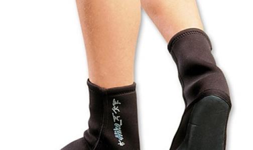 Фото №1 - Главный миколог Петербурга: новые носки защитят военнослужащих от грибка стопы