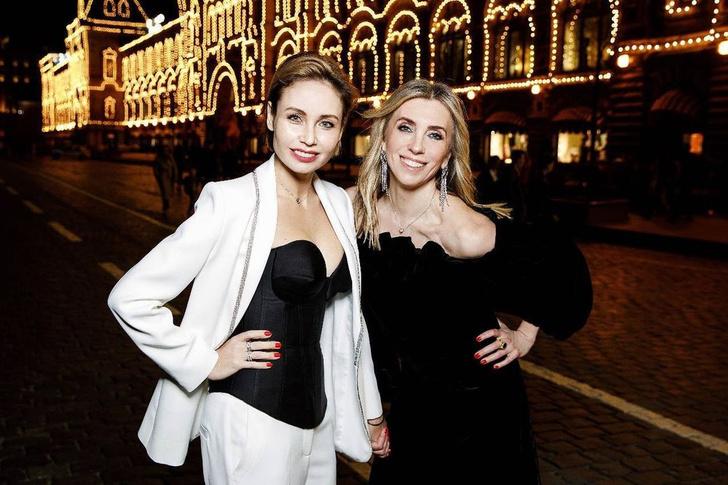 Фото №12 - Вооружены и опасны: почему бюстгальтеры-пули снова в моде и причем здесь Мадонна и Монро