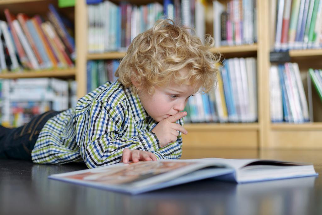 Фото картинок дети и книга