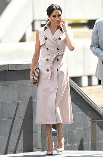 Фото №6 - Почему Меган Маркл не принимает британский стиль в одежде