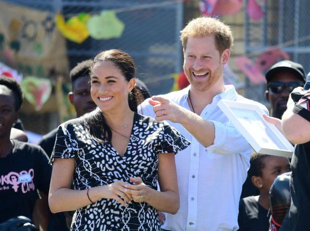 Фото №2 - Могут ли принц Гарри и герцогиня Меган окончательно покинуть БКС