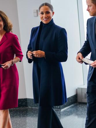 Фото №4 - Нью-йоркский тур Сассекских: все образы герцогини Меган— от худшего к лучшему