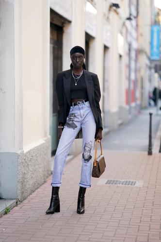 Фото №3 - 5 способов модно подвернуть джинсы в 2020 и 2021 году