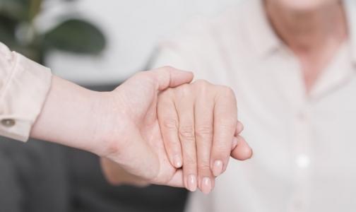 Фото №1 - Пациентов с ревматоидным артритом надо лечить, не дожидаясь инвалидности