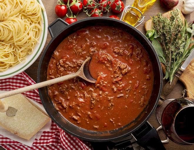 макароны с фаршем и томатной пастой