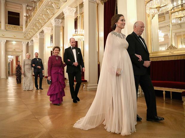 Фото №22 - Кейт Миддлтон и принц Уильям в Норвегии: день первый