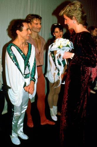 Фото №2 - История самого провокационного танца принцессы Дианы