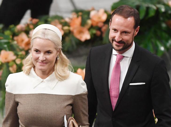 Фото №11 - От знакомства до кольца: сколько нужно ждать, чтобы выйти замуж за принца