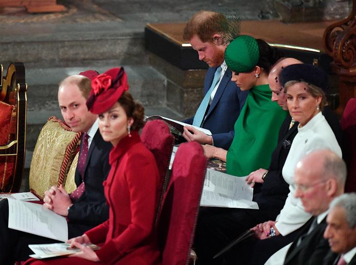 Фото №2 - Спектакль окончен: Кейт, Меган и их последняя модная битва на службе в Вестминстере