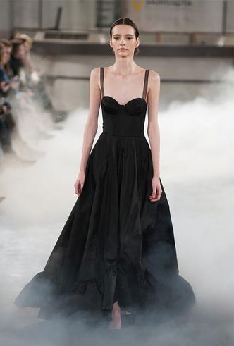 Фото №2 - Выбор первой леди: какие модные бренды любит Елена Зеленская