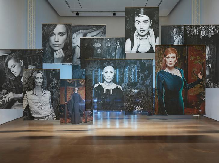 Фото №1 - Уроки истории: в Сеуле открылась выставка, посвященная Chanel