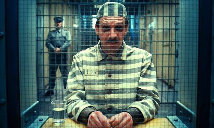 Фото №1 - Самые странные вещи, которыми снабжают заключенных в тюрьмах мира