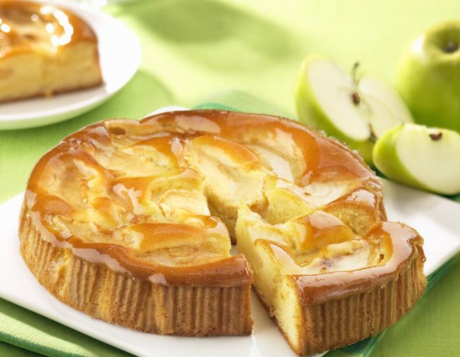 как приготовить бисквит с яблоками