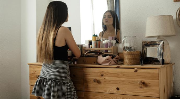 Как помочь подростку полюбить себя