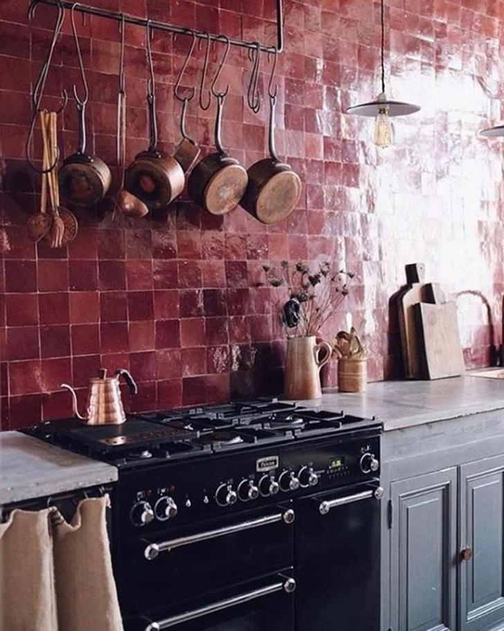 Фото №10 - Маленькая кухня: 8 полезных идей и лайфхаков