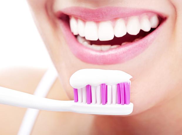 Фото №6 - Как на самом деле правильно чистить зубы (и что вы можете делать не так)