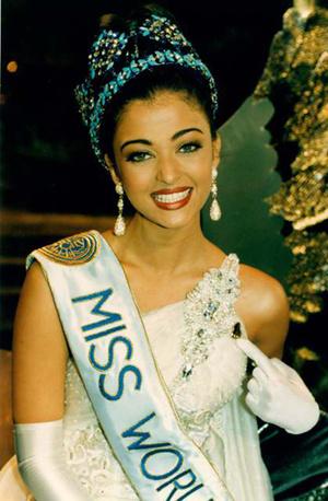 Фото №17 - Самые яркие победительницы «Мисс мира» за всю историю конкурса